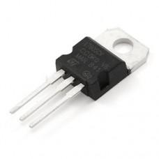 Voltage regulator LM7805